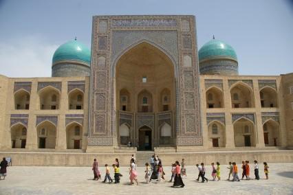 Oezbekistan - Registan Square | Tiara Tours