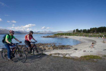 Explore Tromso by e bike Tromso Outdoor Magne Aarbo11 Tiara Tours