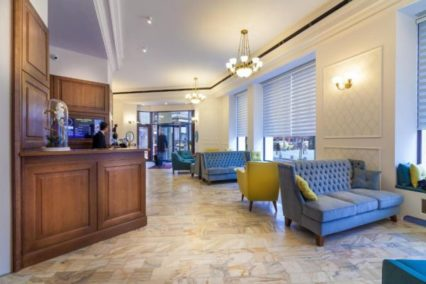 Middenklasse hotel Boekarest