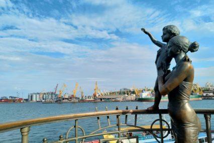 Odesa standbeeld Tiara Tours