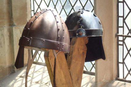 Viking helmen Tiara Tours
