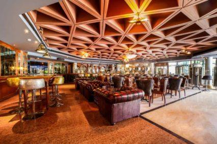 lobby delhi hotel