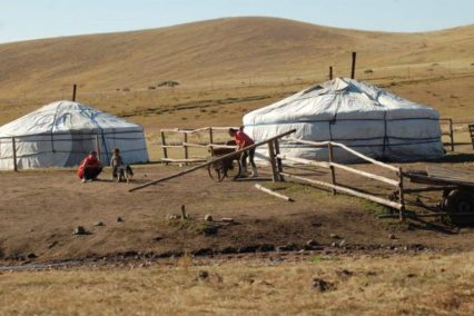 mongolie nomadenfamilie tiara tours e1543843377308